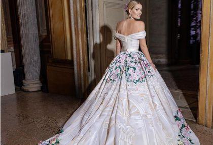 Bratanica księżnej Diany wzięła ślub. Założyła z tej okazji aż 5 sukienek!