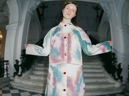 Zachęta tworzy torby oraz ubrania! Zero waste łączy sztukę z modą