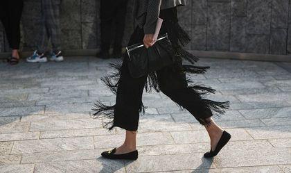 Te eleganckie buty dla 50-tek są największym hitem sezonu! Wygodne, praktyczne i mega stylowe