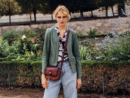 Jeansy w tych kolorach to gorące modele na wiosnę. Mom jeans, slouchy czy proste - które wybrać?