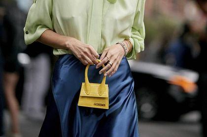 Modne torebki 2021: baguette, mini, a może shopperka? Mamy najpiękniejsze modele z rabatem do 75%!