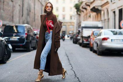 Porady dla niskich kobiet: gdzie kupić spodnie, jeśli masz mniej niż 160 cm wzrostu?