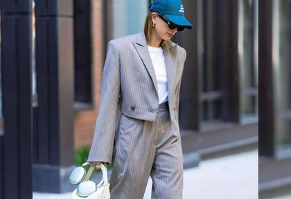 Hailey Bieber w garniturze The Mannei. Gwiazda po raz kolejny zdecydowała się na projekt Sary Boruc!