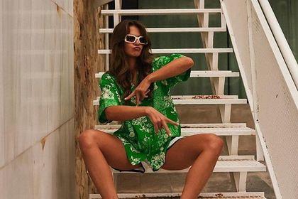 Anna Lewandowska zachwyca fanki w luźnej koszuli! Ten kolor to hit lata