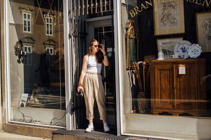 Tej wiosny postaw na klasyczne spodnie Polo Ralph Lauren! Ich fason przypadnie Ci do gustu, a cena pozytywnie zaskoczy!