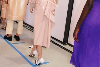 Te spódnice na wesele są zjawiskowe! Luksusowe ubrania premium kupisz w dużo niższej cenie