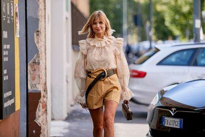 Te modne szorty damskie niesamowicie wydłużają nogi! Przechodzisz w nich całe lato.