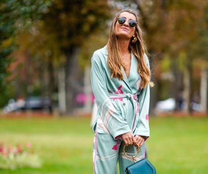 Instagramerki oszalały na punkcie tego elementu garderoby! Wysmukla sylwetkę i podkreśla talię - HIT lata