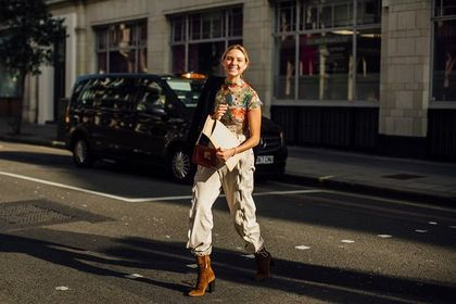 Joggery Renee to spodnie dla kobiet, które cenią wygodę i styl! Zobacz najmodniejsze propozycje tej wiosny!