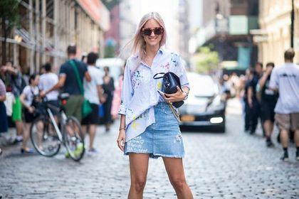 Spódnice Wrangler damskie to propozycja na upalne lato! Zobacz modne i stylowe modele dostępne na wyprzedaży!