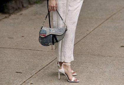 Te sandały są bardzo modne w tym sezonie. TOP 5 modeli, które skradły nasze serca!