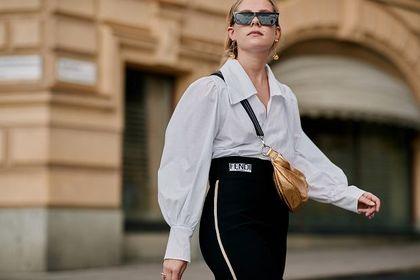 Te koszule Pinko damskie cieszą się dużą popularnością! Wiosną postaw na klasyczną i ponadczasową elegancję!