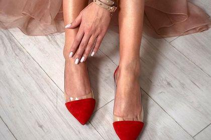 Eleganckie baleriny, które założysz na wesele lub inne okazje. 18 wygodnych modeli z wyprzedaży!