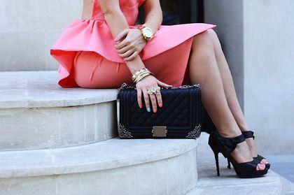 Jak dobrać buty do sukienki na wesele? Zobacz modele, w których zabłyśniesz