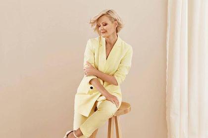 Małgorzata Kożuchowska oczarowała fanów słonecznym garniturem. To model z oferty marki popularnej wśród modnych Polek
