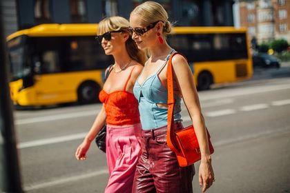 Modne, tanie ubrania i dodatki na lato? Wybieramy perełki z Born2be!