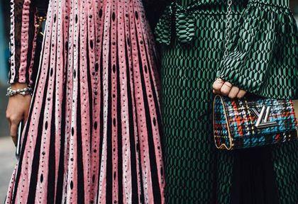 Sukienki na lato 2021: modele tej znanej marki kupisz na gigantycznej wyprzedaży! Spiesz się - najpiękniejsze modele już się wyprzedają
