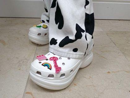 Największa wyprzedaż Crocs w tym sezonie! Wygodne buty z innowacyjnego materiału kupisz z gigantycznym rabatem