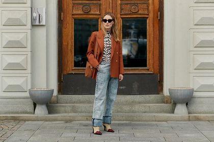 Spodnie House to niezbędny element kobiecej i męskiej garderoby! Te modele kupisz teraz na sporej obniżce!