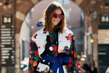 Te modne koszule w kwiaty podkręcą każdy zestaw i odmłodzą. Są idealne!