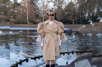 Maffashion w beżowym płaszczu ze specjalnej kolekcji HM. Ten oryginalny model robi furorę w sieci!