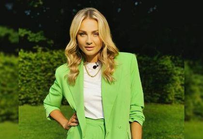 Małgorzata Socha olśniła fanów stylowym garniturem. To najmodniejszy kolor sezonu, który podkreślił kolor oczu aktorki!