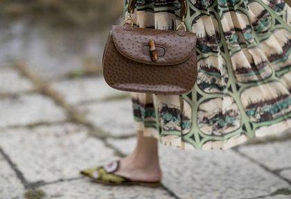 Trend na 2021 rok, który nie ma sobie równych? Te buty pokochali projektanci i dziewczyny z Instagrama. Ty też możesz je mieć!