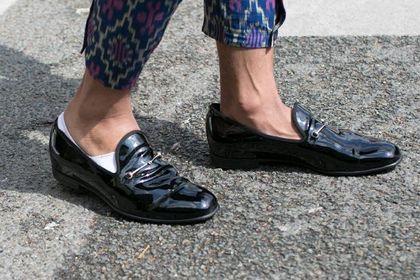 Te buty to must have na wiosnę! Mokasyny męskie Geox łączą w sobie wygodę i elegancję. Teraz możesz kupić je taniej!