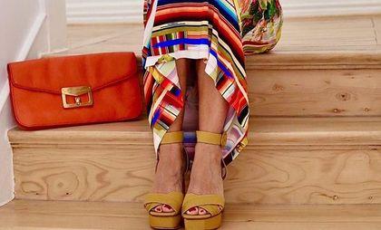 Te sandały dla pań po 50-tce są bardzo stylowe i niedrogie! Oto hitowe modele Polek