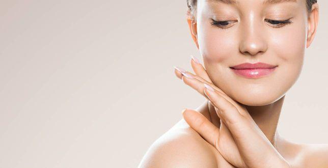 Beauty alert:  TOP podkłady kryjące i matujące, które nie zostawiają efektu maski! Jak je nakładać? Oto skuteczne tricki