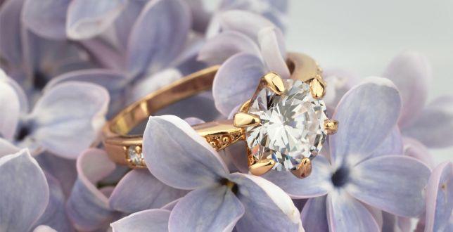 Luksusowa biżuteria z kamieniami szlachetnymi 75% taniej! TOP 18 modeli, które zachwycają wykonaniem