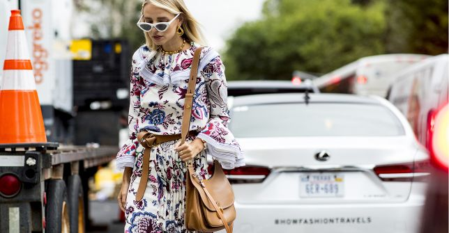 Trend alert: od tych sukienek nie można oderwać oczu! Te w romantycznym stylu są idealne na wiosenne spacery