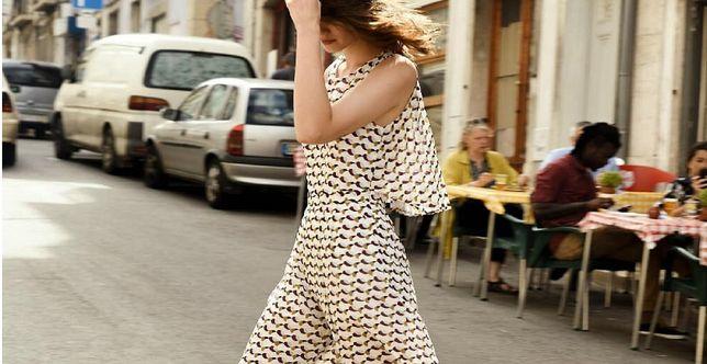 Nowości z sieciówki: kombinezon to świetna alternatywa dla sukienki. Wybrałyśmy eleganckie i wygodne modele na lato