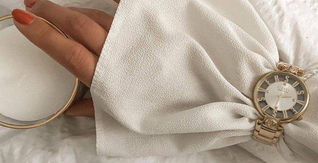 Te zegarki Versace zachwycają wzornictwem! Nasz faworyt? Złoty z ażurową bransoletą w świetnej cenie
