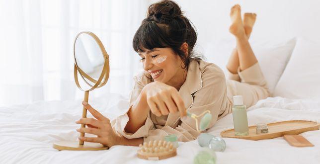 Beauty alert: nawilżające kosmetyki do twarzy, dzięki którym przesuszona skóra odzyska blask i zdrowy wygląd