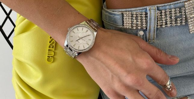 Guess wyprzedaje biżuterię za grosze. Wśród propozycji stylowe zegarki, pierścionki i kolczyki