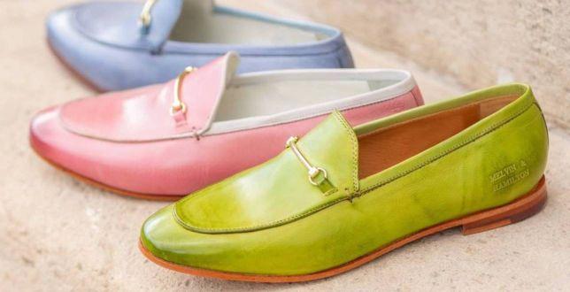 Ta marka to niekwestionowany pionier w szyciu skórzanych obuwia. Mamy top 18 modeli mokasynów, które założysz latem