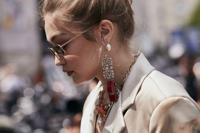 Biżuteria i zegarki Reserved łączą w sobie ponadczasową klasykę i minimalizm. Zobacz unikatowe modele na każdą okazję!