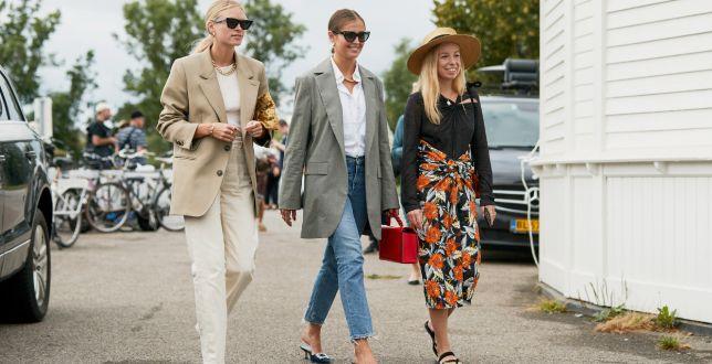 Moda 50+: eleganckie spodnie dla dojrzałych kobiet. Długość 7/8 wyeksponuje dolne partie ciała