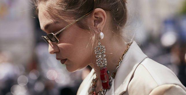 Biżuteria House to piękne modele na wiele okazji! Tej wiosny postaw na modne kolczyki, naszyjniki i bransoletki!