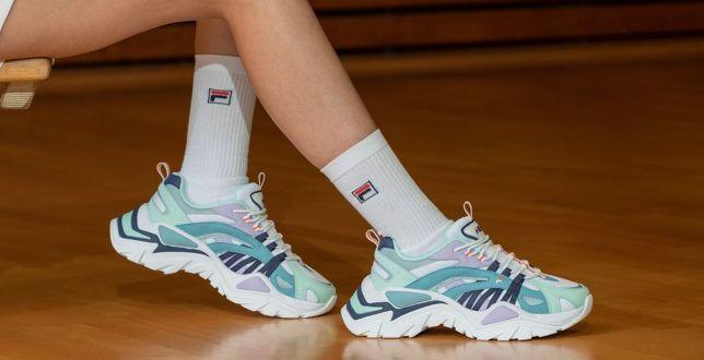 Sale: Te kultowe buty chce mieć każdy fan wielkomiejskiego street style'u! My znalazłyśmy je na wyprzedaży