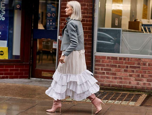 50-tki wyglądają jak nastolatki w tych sukienkach! Niesamowite modele na lato!