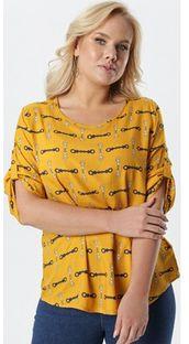 Bluzka damska żółta Born2be w abstrakcyjnym wzorze z okrągłym dekoltem