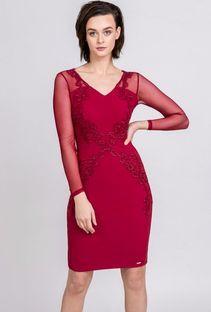 Elegancka sukienka z pięknym zdobieniem