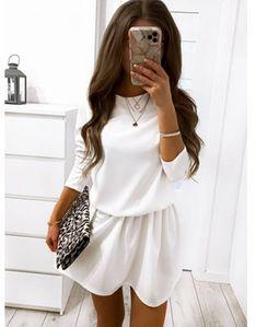 Sukienka Pakuten biała z długim rękawem bez wzorów