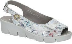 Sandały damskie w kwiaty