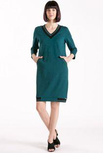 Elegancka sukienka z dekoltem w serek