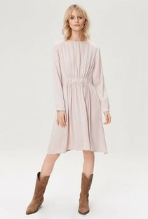 Sukienka z długimi rękawami i zapięciem z tyłu