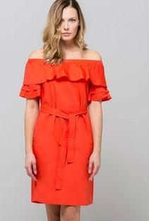 Sukienka odkrywająca ramiona