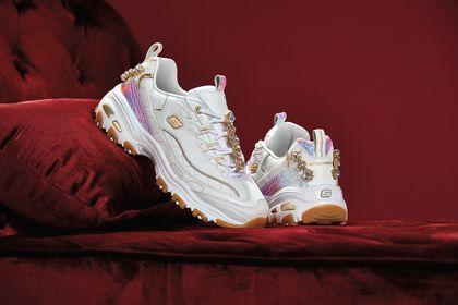 Różowe buty dziecięce Skechers w świetnych cenach!